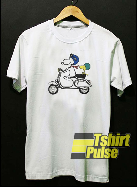 Snoopy and Woodstock on a Vespa t-shirt for men and women tshirt