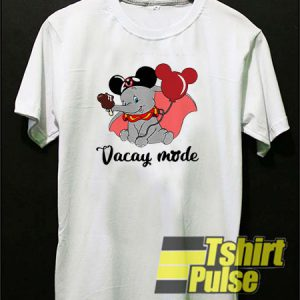 Elephant Vacay mode t-shirt for men and women tshirt