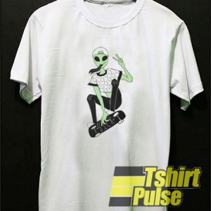 Sick Alien t-shirt for men and women tshirt