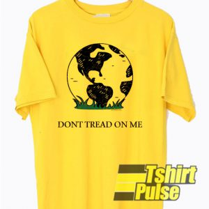 Earth Gadsden Flag Don't Tread On Me t-shirt for men and women tshirt
