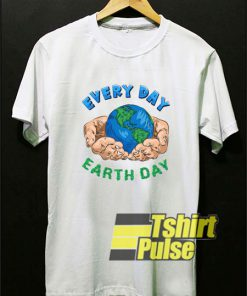 Nature Lovers Earth Day t-shirt for men and women tshirt