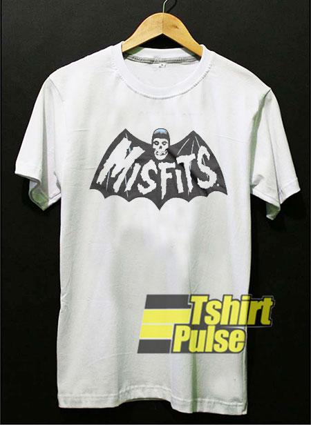 Official Misfits Bat t-shirt for men and women tshirt
