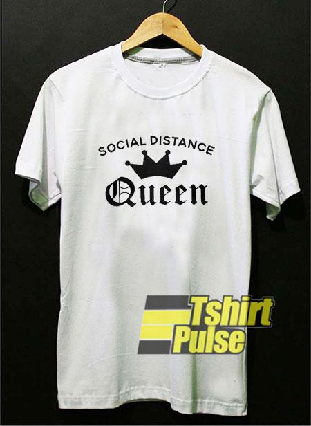 Social Distance Crown Queen t-shirt for men and women tshirt