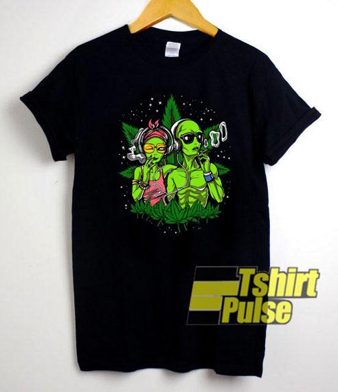 Alien Weird Graphic shirt