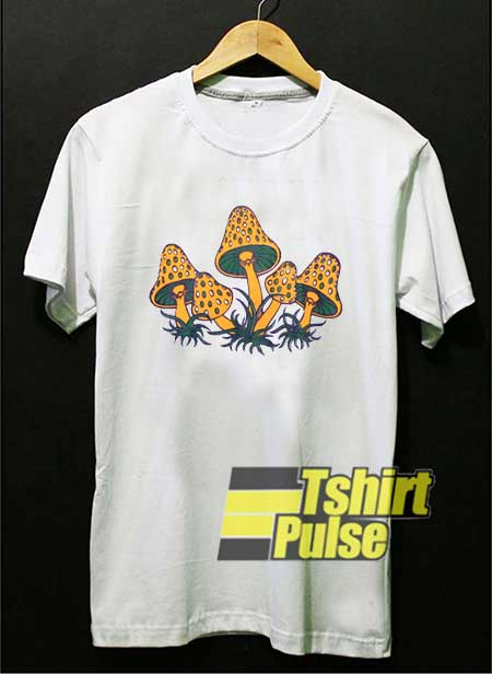 1970s Magic Mushrooms shirt